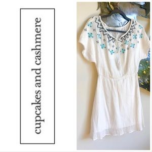 CUPCAKES + CASHMERE 'Nona' embroidered white dress